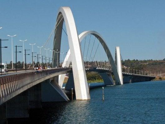 Juscelino Kubitschek Bridge, Lake Paranoa, Brazil