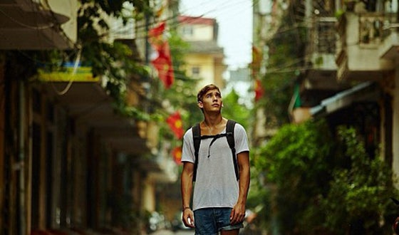 georgy-tarasov-who-directed-the-road-story-vietnam-filmed-with-a-canon-5d-mark-ii-told-1627029-fmlgddia