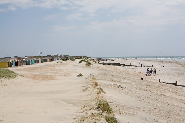 Beach_at_West_Wittering