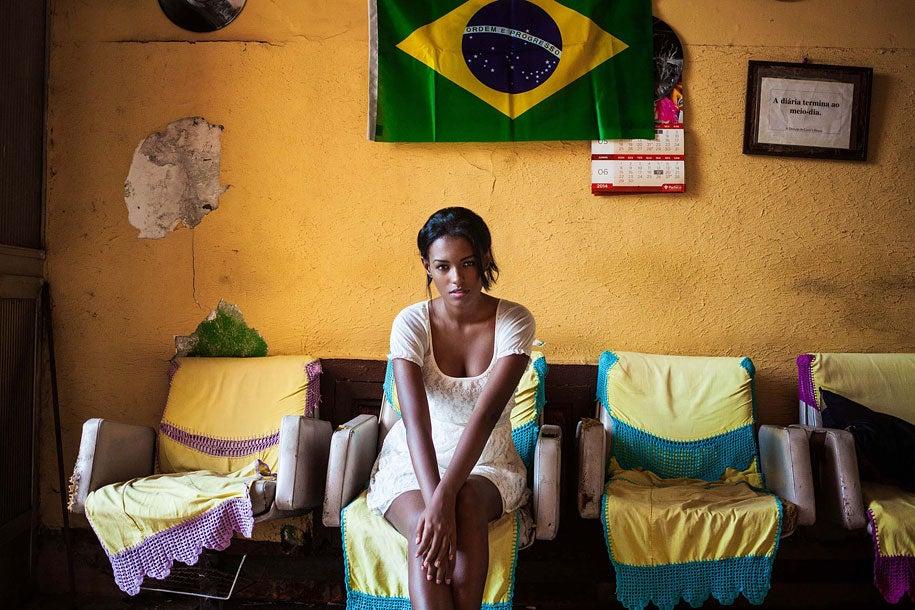 brazilian-woman-mihaela-noroc-min