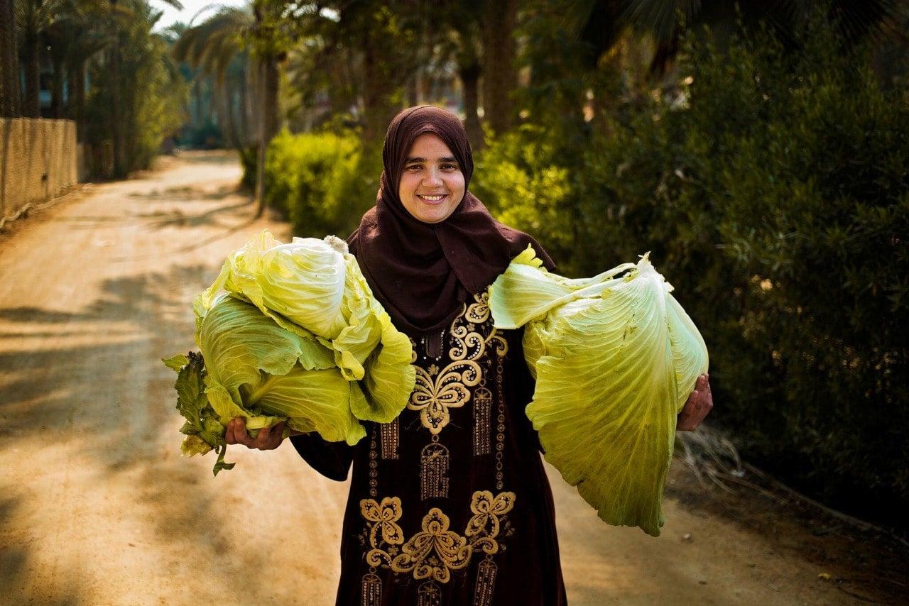 egypt-woman-mihaela-noroc-min