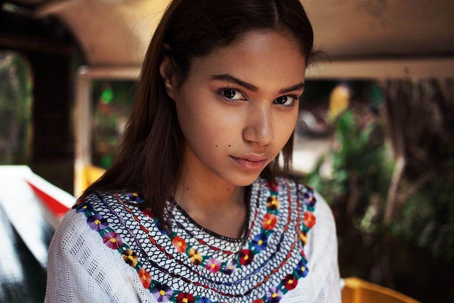 mexican-woman-mihaela-noroc-min