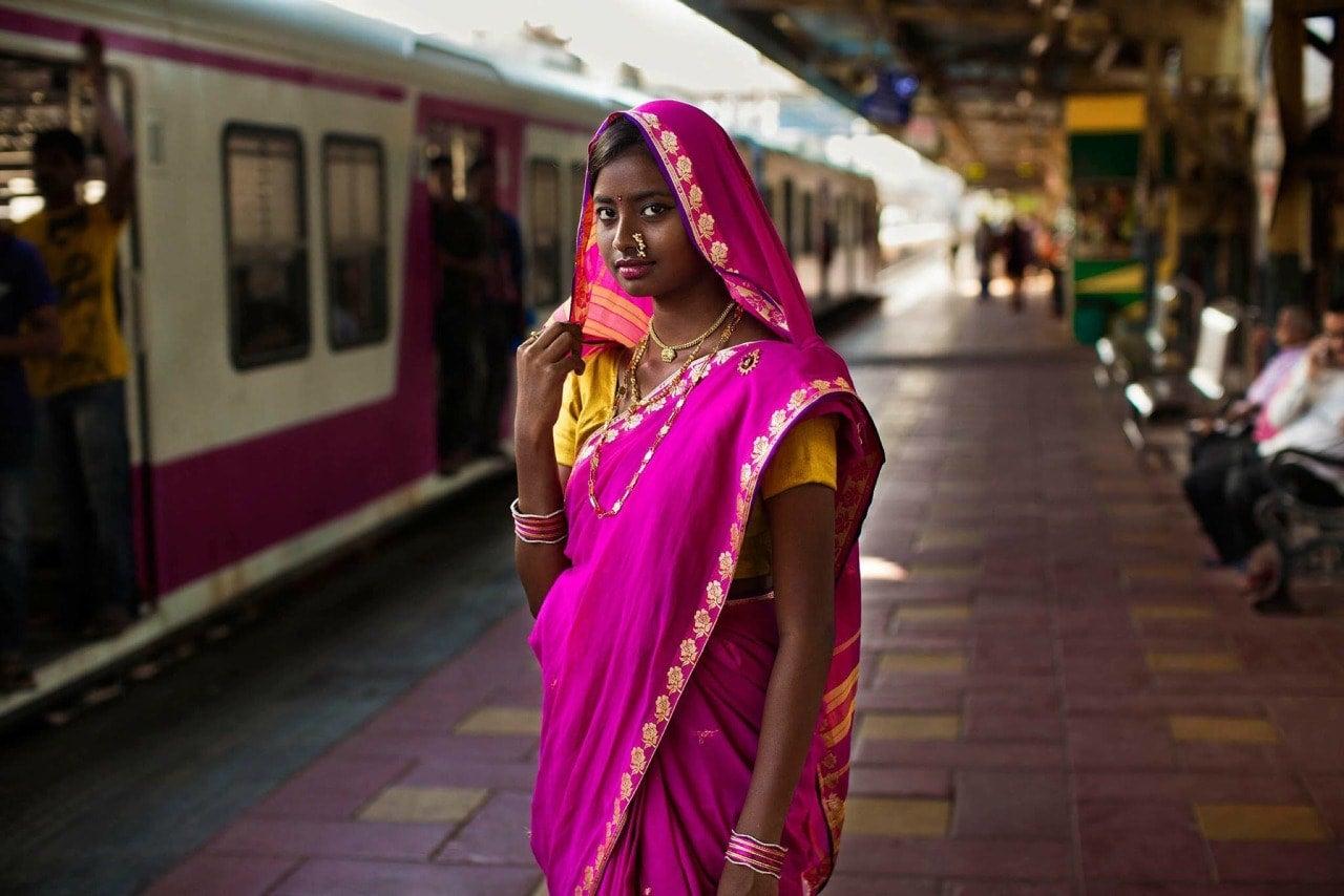 mumbai-woman-mihaela-noroc-min