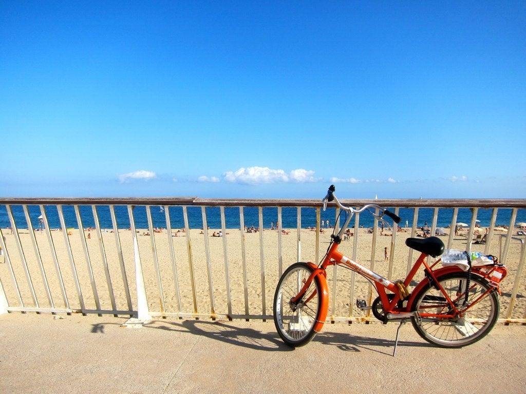 barcelona-biking