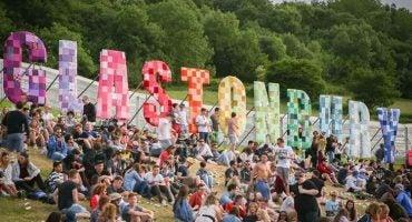 Tips to survive Glastonbury Festival 2016