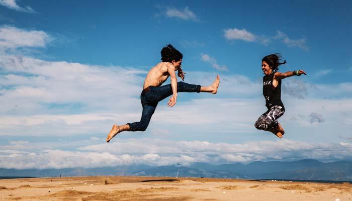 jump-travel