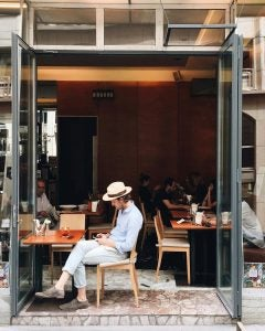 a cafe street scene in vienna