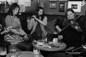 live music at the cobblestone pub