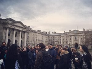 a crowd on a free walking tour dublin