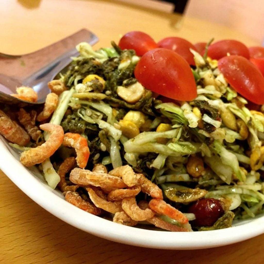 a lephet pickled tea leaf salad
