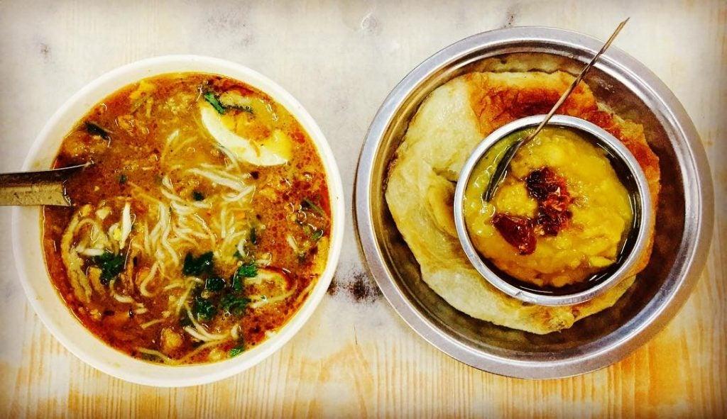 a mohinga traditional burmese soup