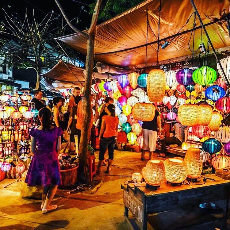 a market scene in the old quarter hanoi