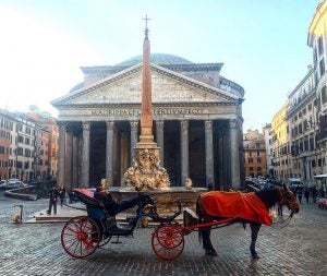 a horse and carriage outside the pantheon in rome italy, 20 Things to Do in Rome