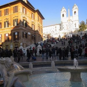 tourists surround the spanish steps in rome italy