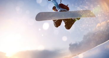8 Top Destinations for a Snowboard Trip