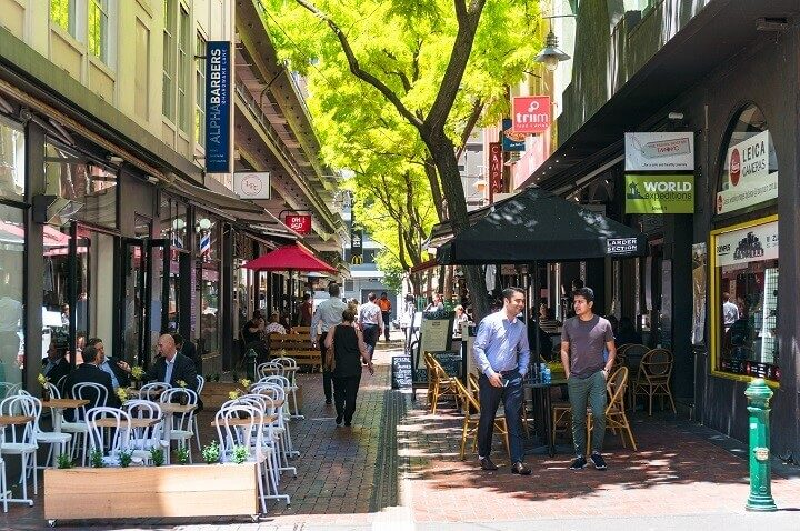Reasons to travel to Melbourne_ Opodo Travel Blog_Hardware lane with outdoor cafes and restaurants