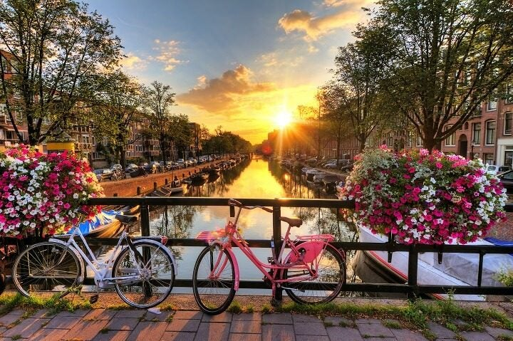 1 amsterdam - stunning sunsets - Opodo Travel blog