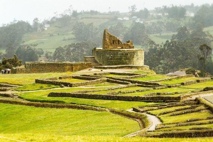 visit ecuador