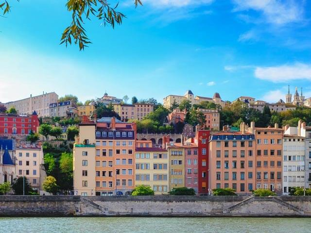 Book cheap Lyon flights with Opodo