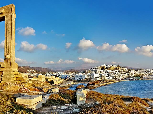Book cheap Naxos flights with Opodo