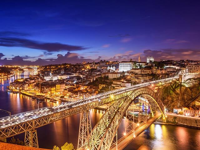 Book cheap Porto flights with Opodo