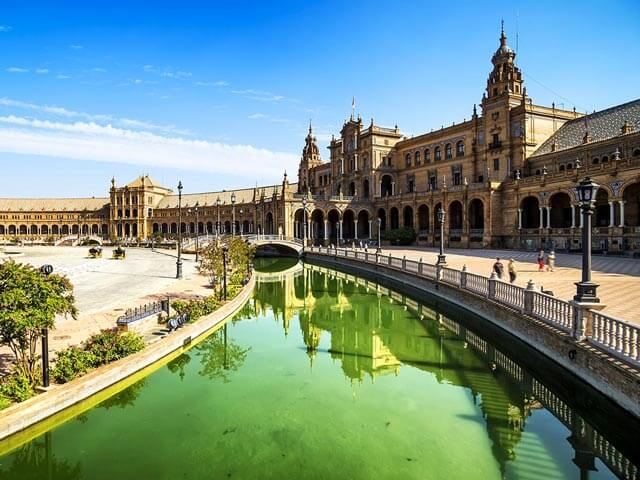 Book cheap Seville flights with Opodo